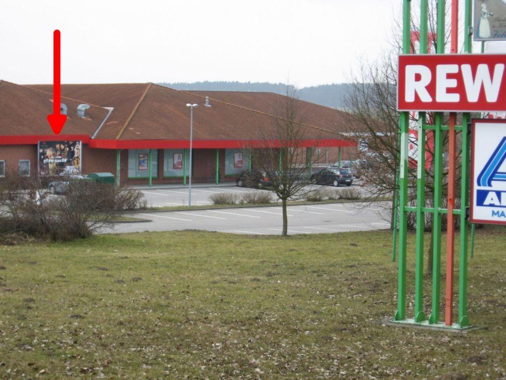 Warener Str. / Umgehungsstr.5. REWE