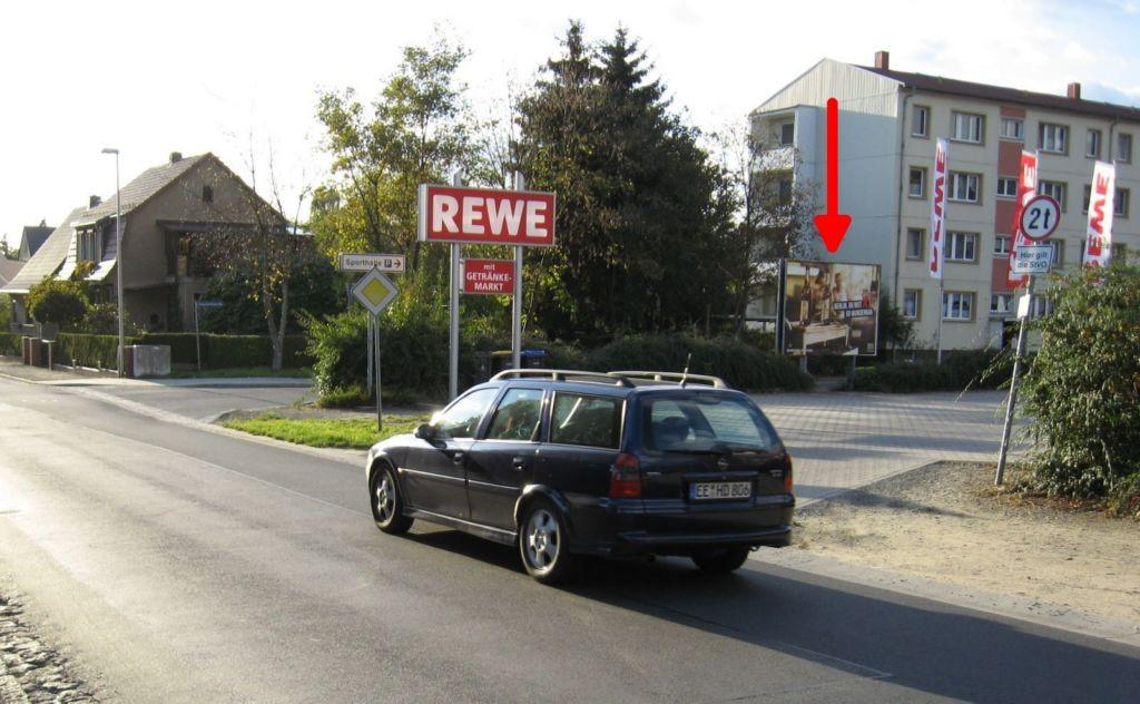 Heinrich-Heine-Str./Schlossäckerstr. REWE.  Si.Str.