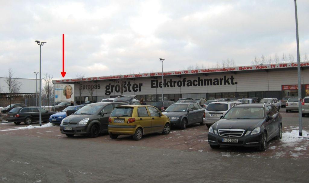 Timmermannsstrat 11a. Media Markt. Si.  Eingang