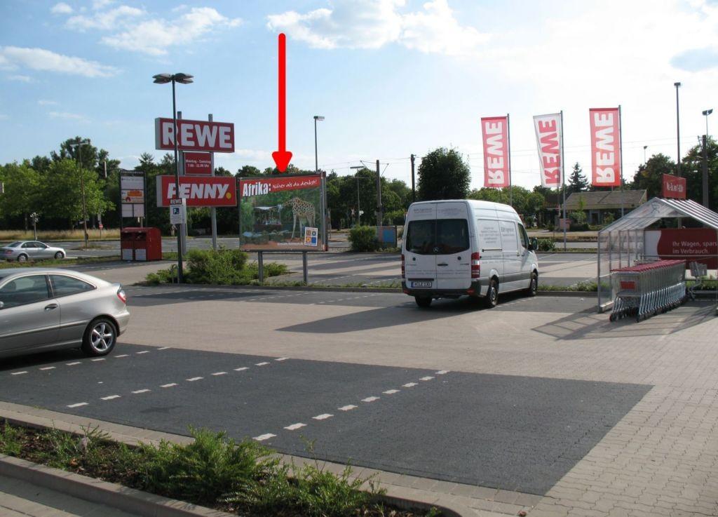 Erich-Panitz-Str./Lange Weihe. Rewe. PY. Si. Markteingang