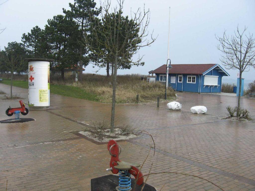 An der Promenade/Strandbereich Drei