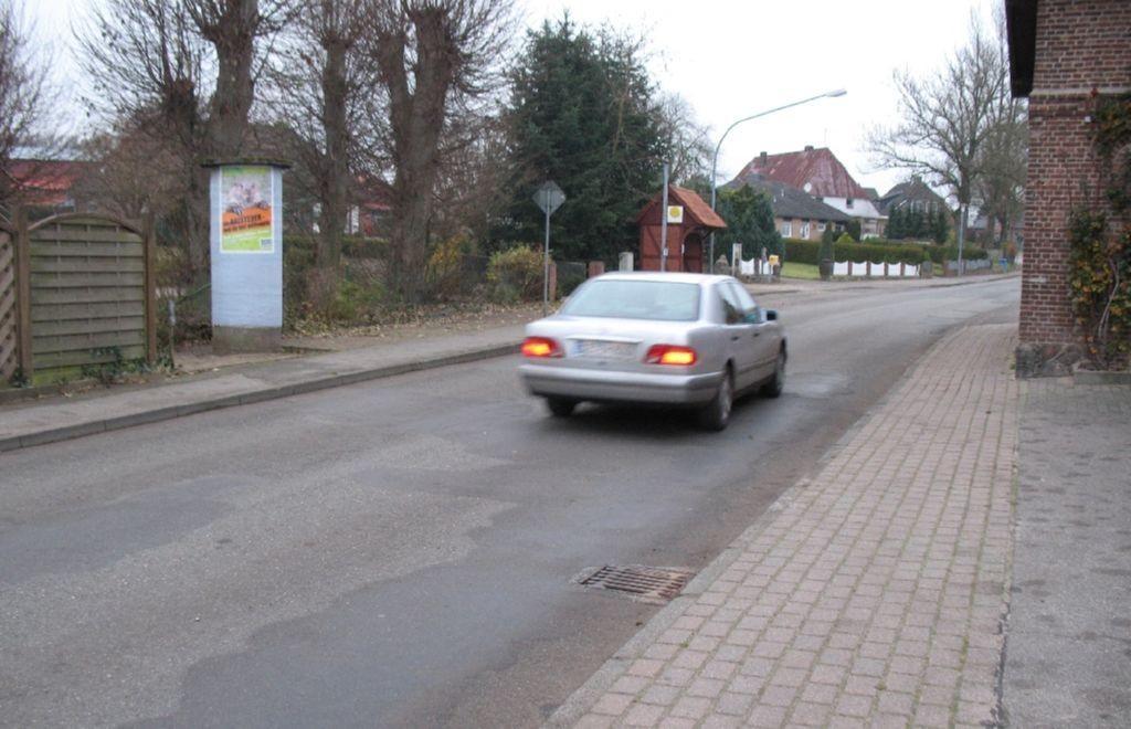 Ortsmitte. Busstop