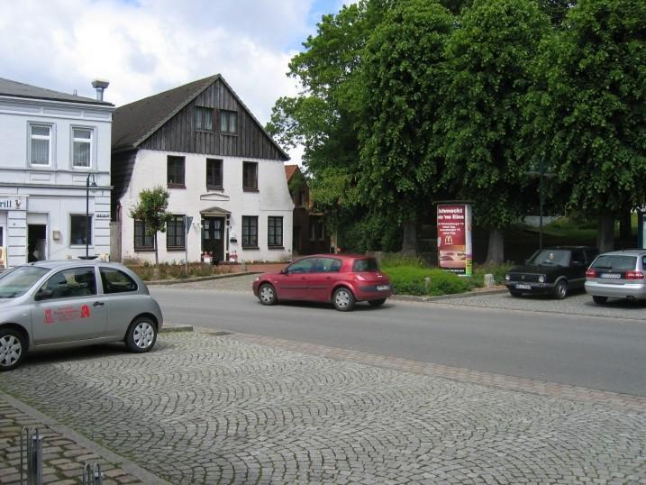 Wilhelmstr. an der Kirche