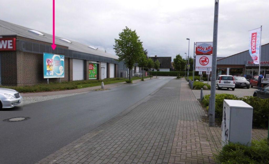 Lahauser Str./Handelsweg. REWE