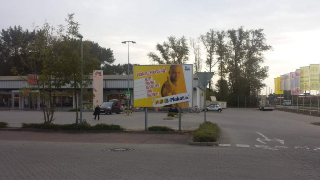 Hannoversche Str. 83. LIDL. Si. EDEKA