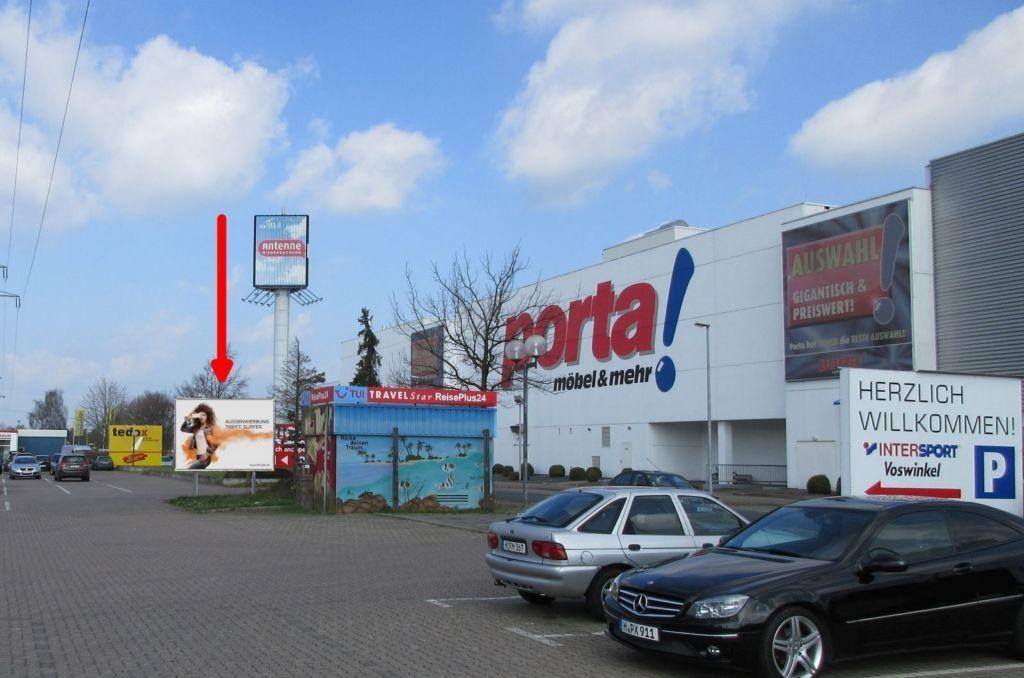 Varrelheide 200. Porta u. Intersport. li. T.