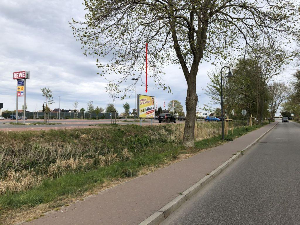 Waldweg 2. Rewe Sicht Straße