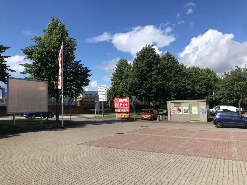 Sörenstraße 4. REWE. Sicht Markt