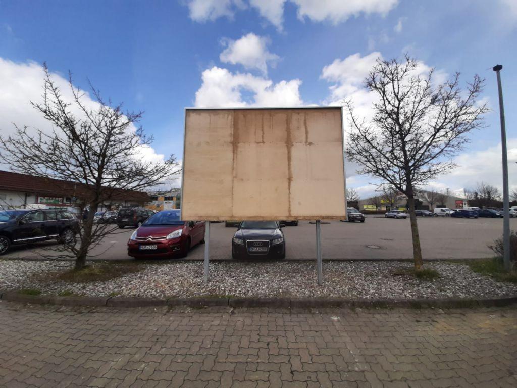 Werdhohler Str. 3. REWE. Sicht Markt