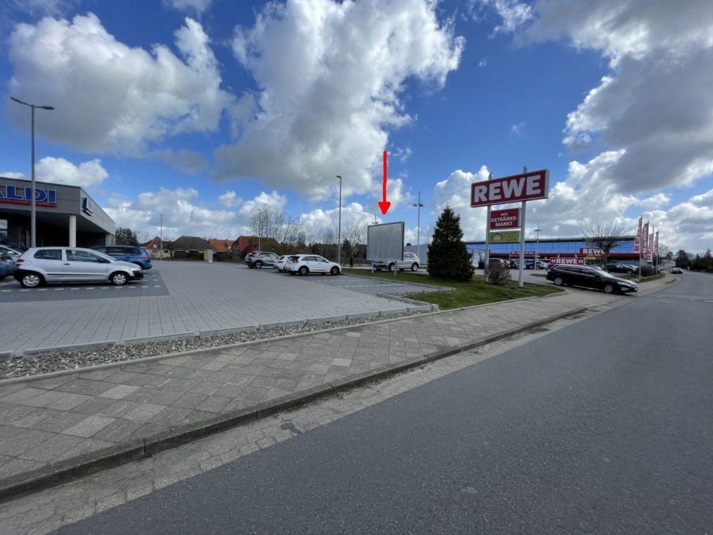 Industriestraße 30. REWE. Sicht Aldi