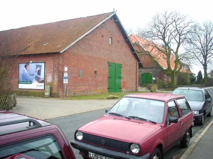 Kirchweg 76/Schulweg