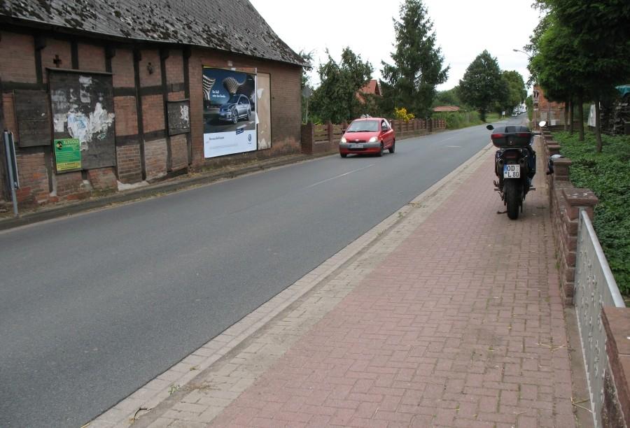 Intscheder Dorfstr./Bergende