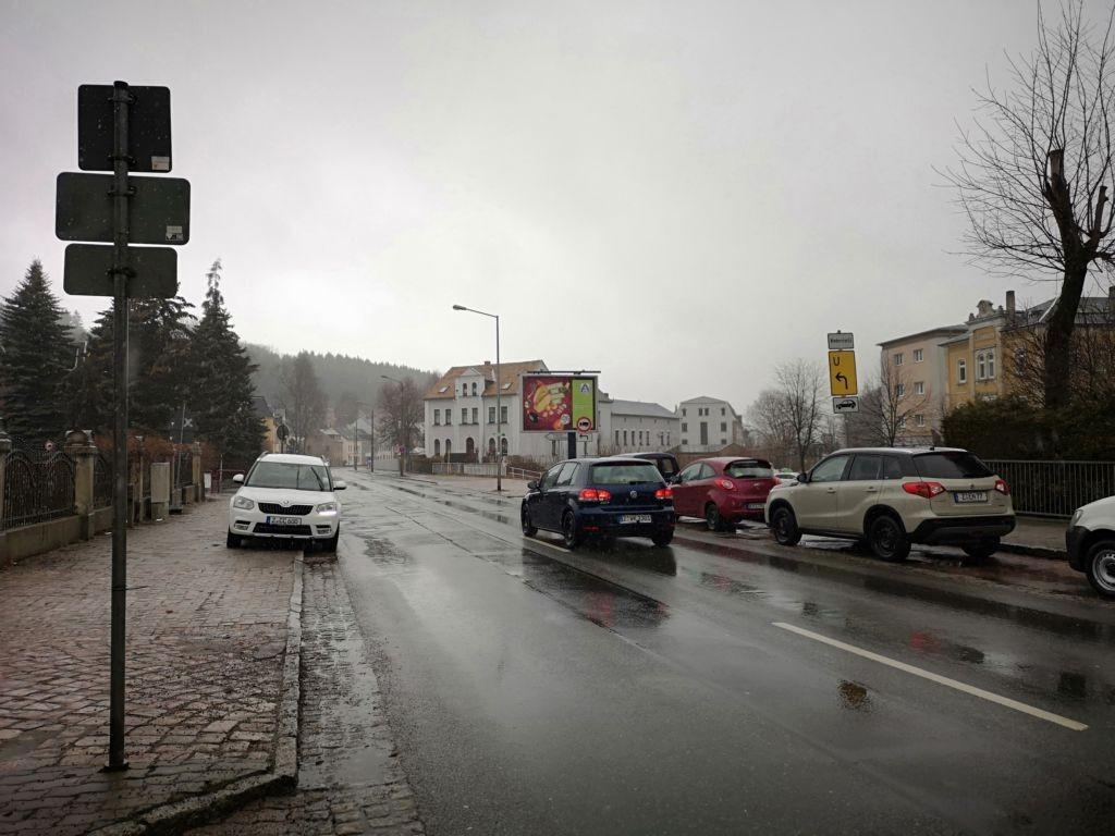 Bahnhofstr.  14/Ernst-Schneller-Str./We.re. CS