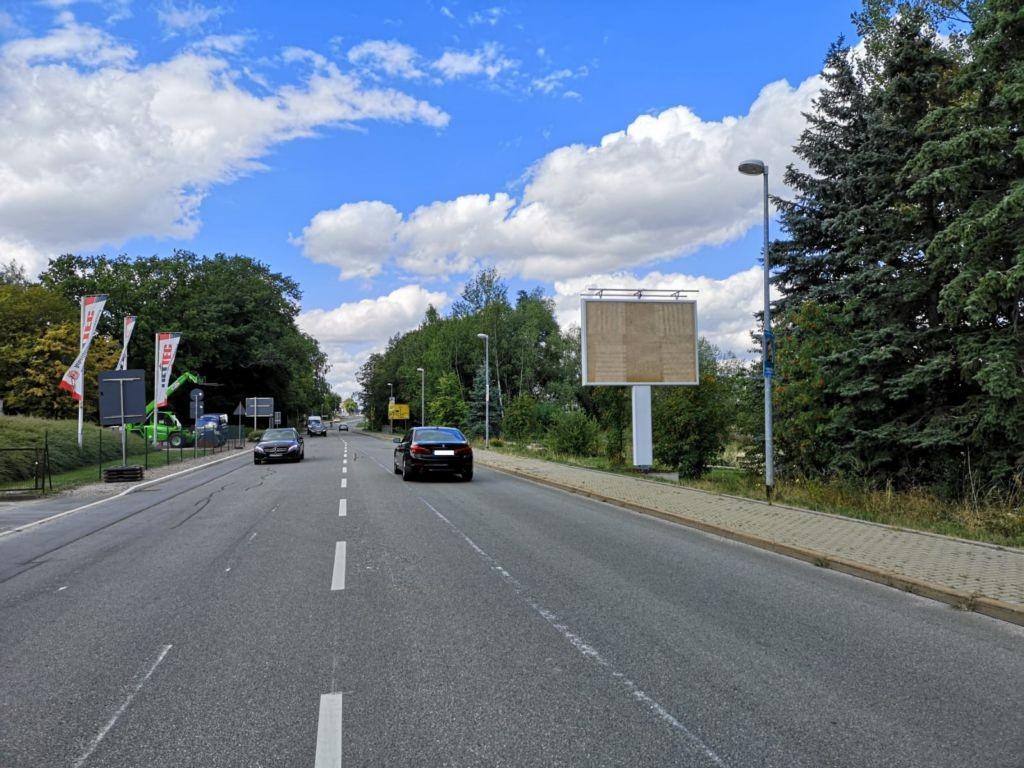 Leipziger Str. nh. Kreuzung Limbacher Str. / Burgstädter Str. re