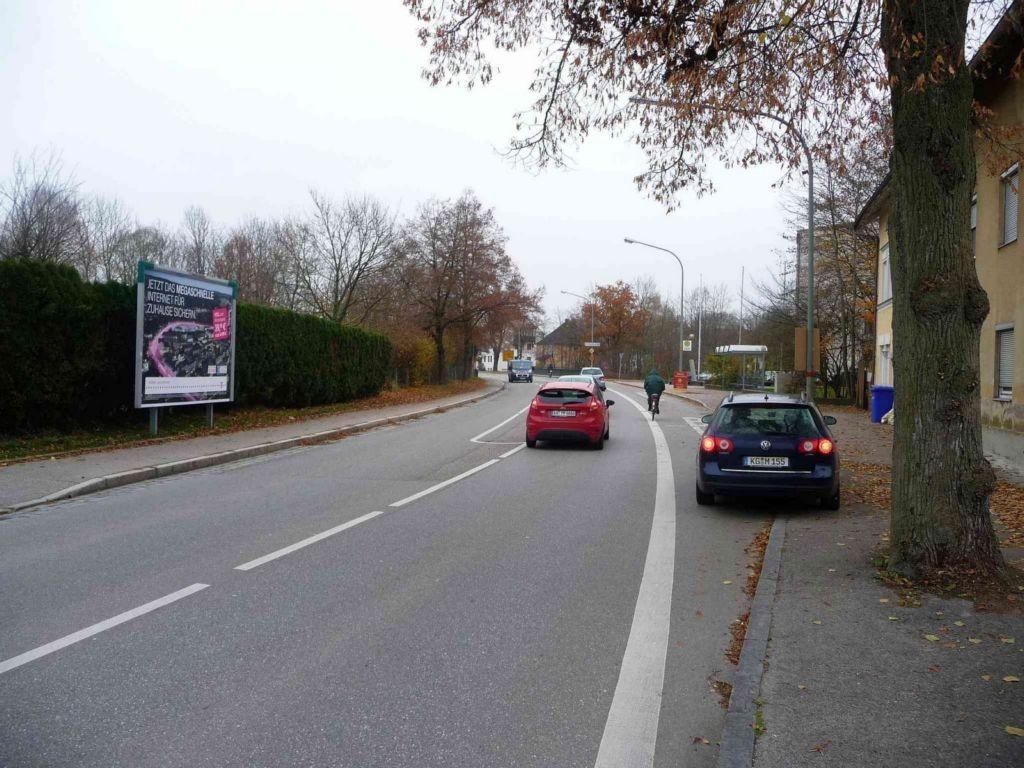 Neuöttinger Straße gg. 64a, Bush. nh. / Trenkerberg