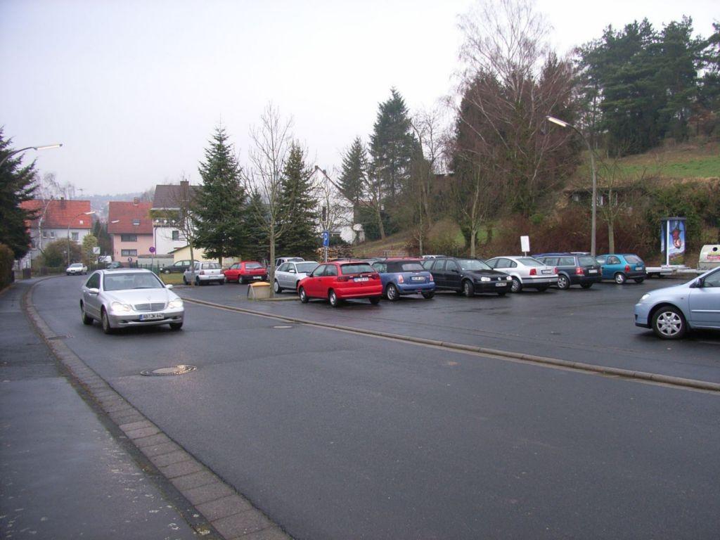 Neuwiesenstr. nh. 4, Parkplatz
