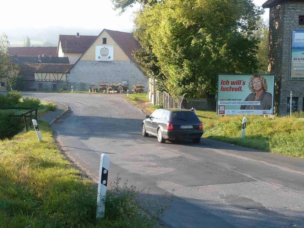 Karlstädter Straße, B 26 nh. / Am Hochberg