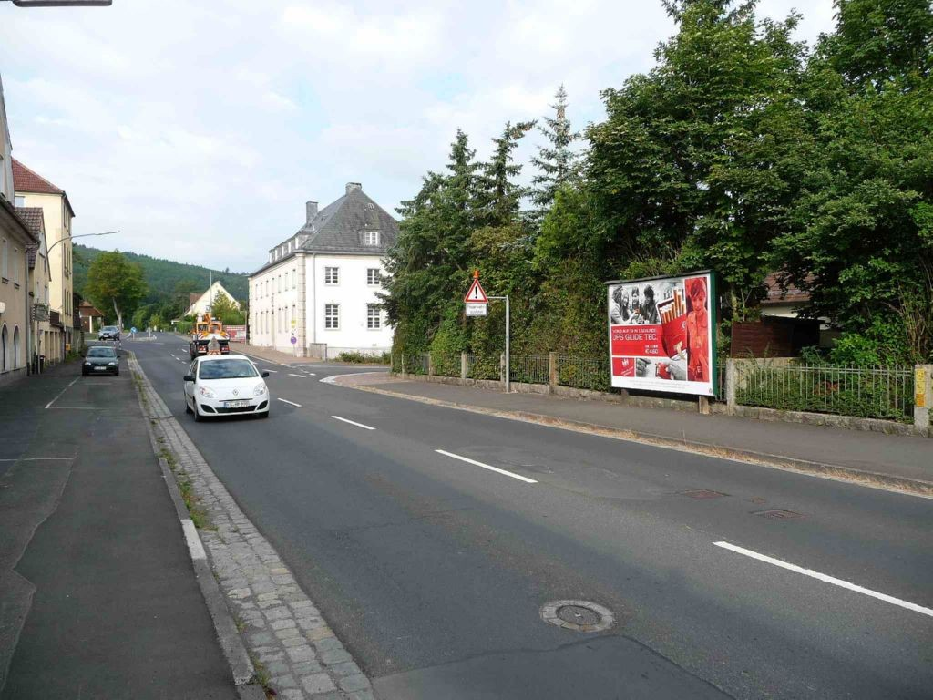 Bahnhofstraße gg. 19, B 27
