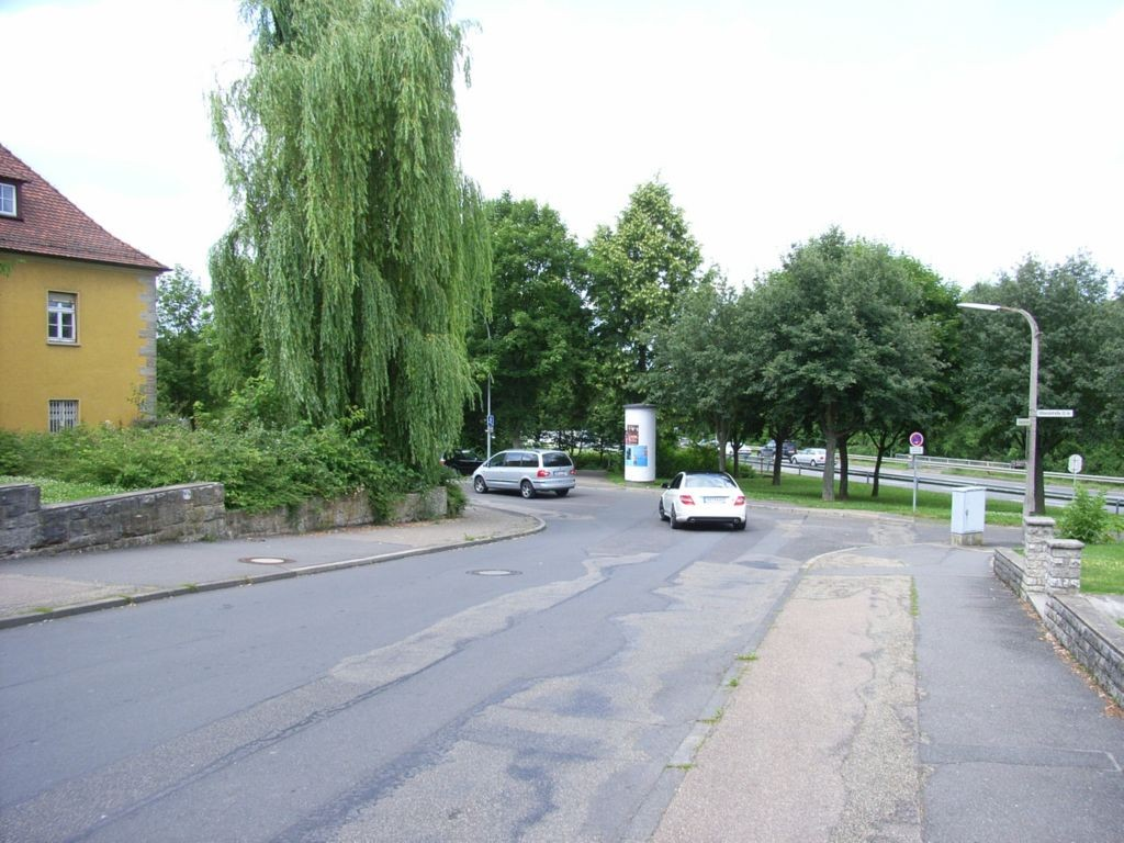 Uhlandstraße gg. 1 / Buchener Straße          3,00 x 3,80