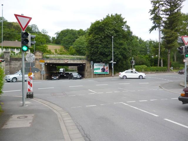 Callenberger Straße / Kanonenweg gg. Shell Tankstelle