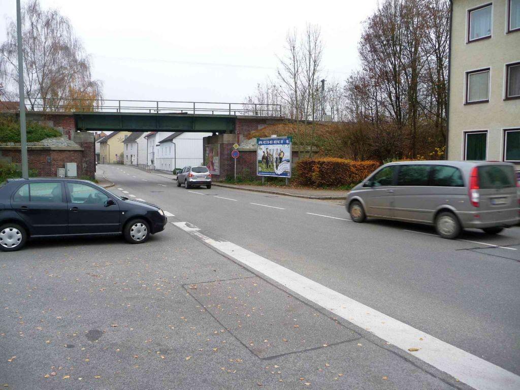 Straubinger Straße 51, Unterführung