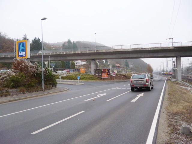 Wernfelder Straße, B 26, Einfahrt E-Center/Aldi
