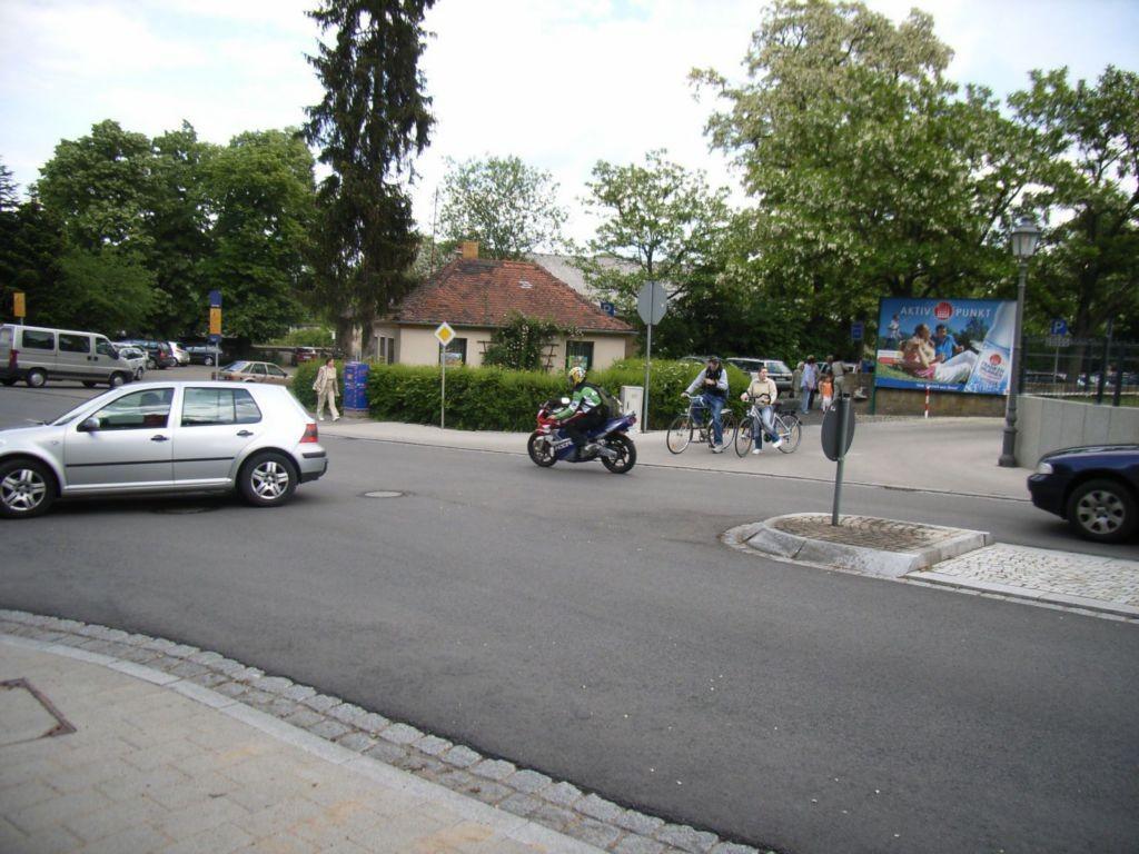 Bahnhofstraße / Bahnhofweg nh. Bahnhof