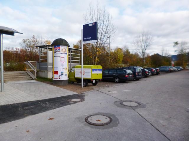 Schlierseer Straße - Parkplatz am Bahnsteig