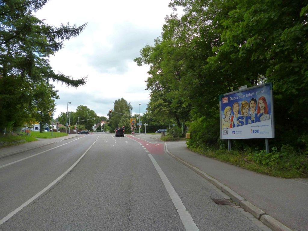 Lenzfrieder Straße nh. 30 / Schumacherring, B 309