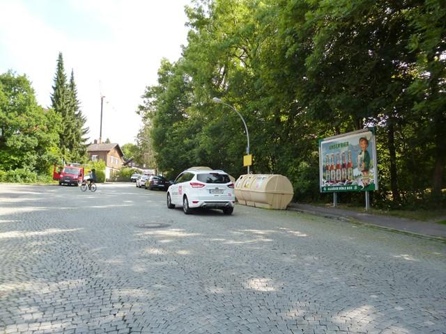 Braut- und Bahrweg gg. 27 / Dornierstraße
