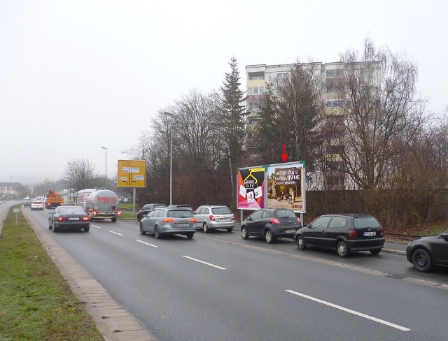 Am Kreuzstein, B 85 gg. / Schützenstraße ESSO Tankstelle