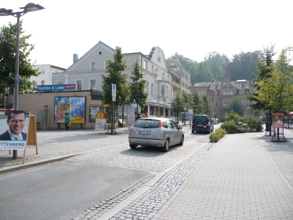 Fritz-Hornschuch-Straße, Kauf-Halle