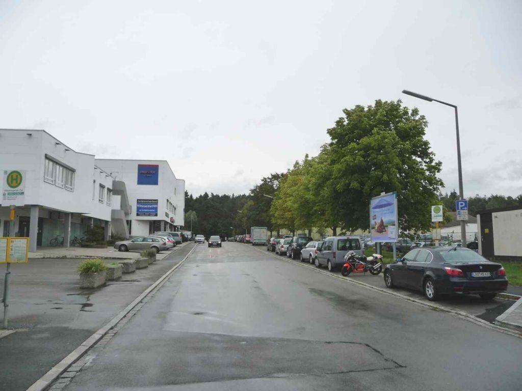 Industriestr. 28a, Bush. gg. Möbelhaus