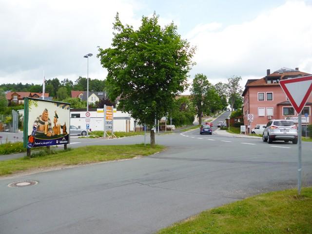 Alte Poststr./Nürnberger Str.,B 2 nh. Ford-Autohaus  (VS)