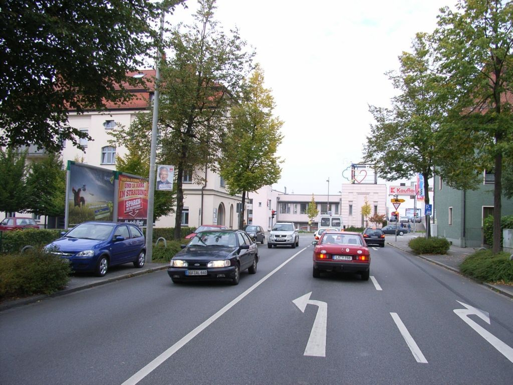 Dr.-Otto-Höchtl-Straße 8 / Landshuter Straße