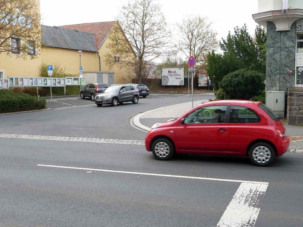 Joseph-Wiesent-Straße / Prinz-Ludwig-Straße, B 299