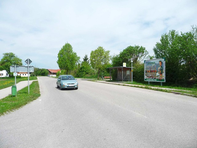 Ortsstraße, Bush nh. / Stiftstraße, Ortseingang