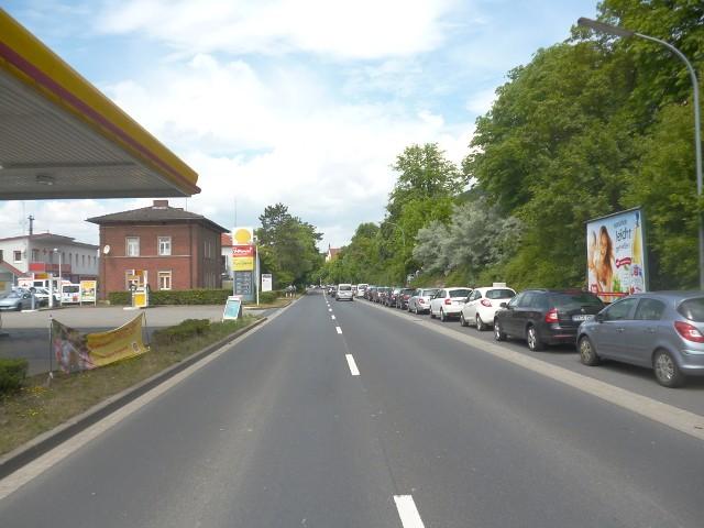 Wernfelder Straße, B 26 gg. Shell-Tankstelle