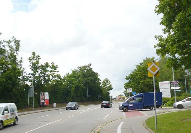 Innere Neumarkter Str. gg. / Bonimeierring gg.Farben Hoegner