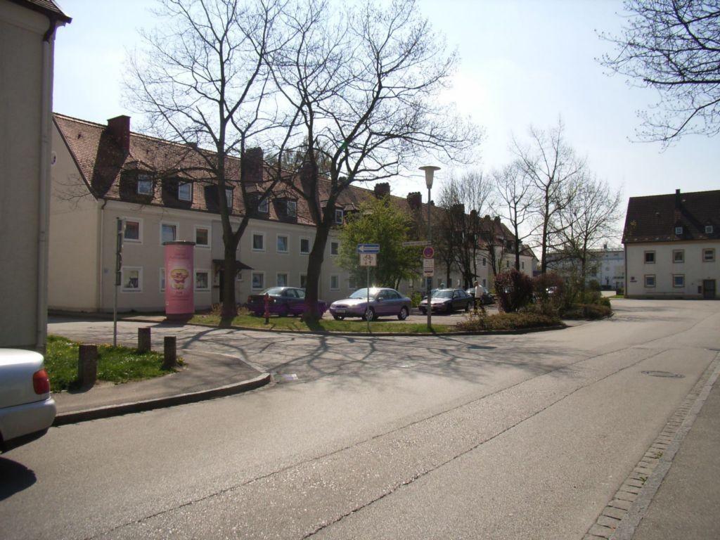 Justus-von-Liebig-Straße gg. 10 / Anorganaplatz
