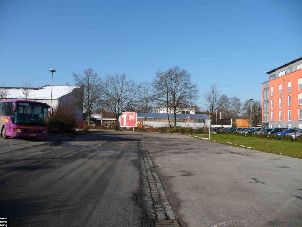 Wiesenstr. / Festwiese, Busbahnhof