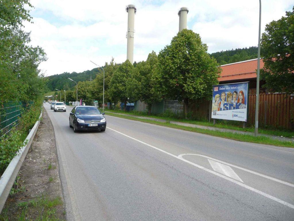 Industriestraße 2b, B 307