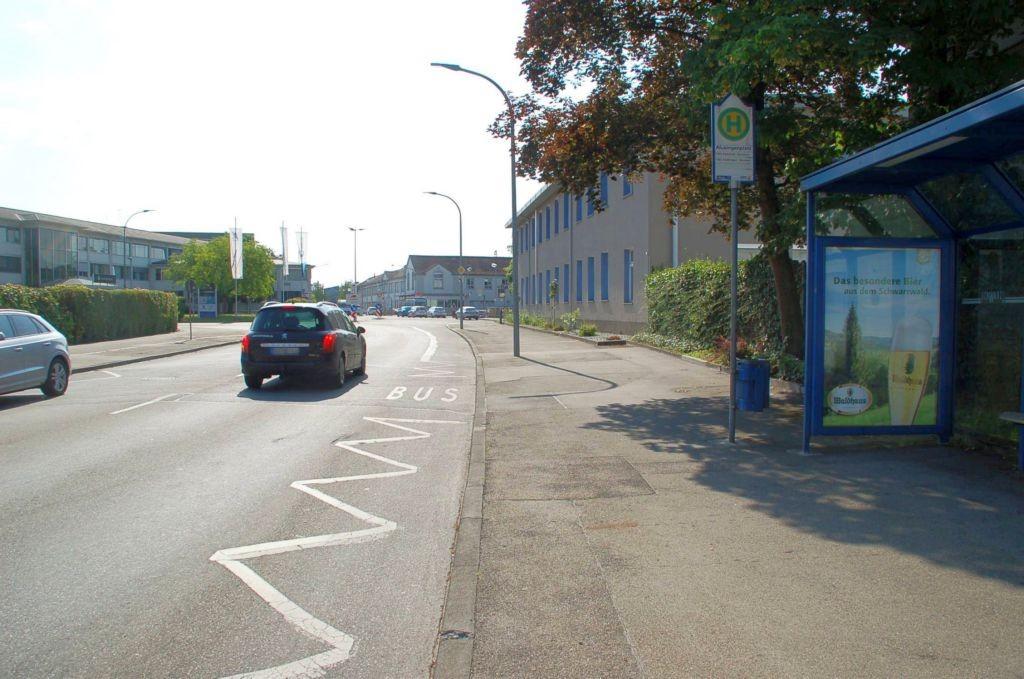 Aluminiumstr/Hts Alusingenplatz/nh. Rewe/ausw/innen  (WH)