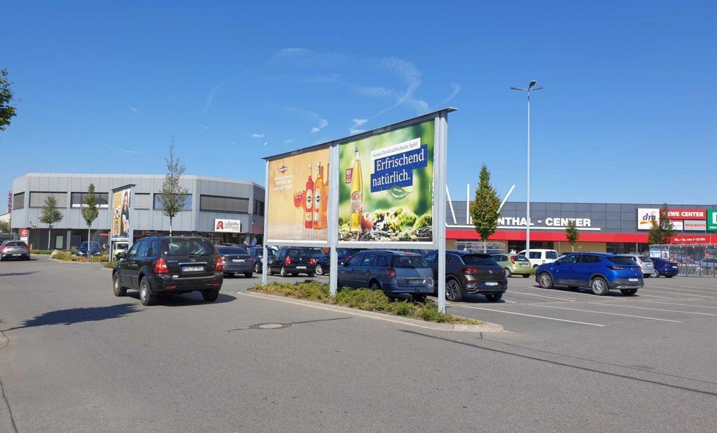 Amselstr. 10 /Rewe/linke Einfahrt/Sicht Merkur Casino/Sto. 5