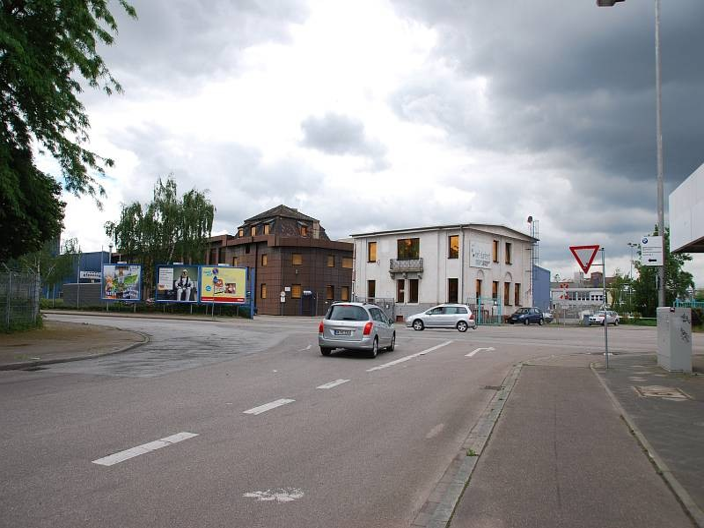 Industriestr. 1/geg. Fardelystr (Industriehafen)