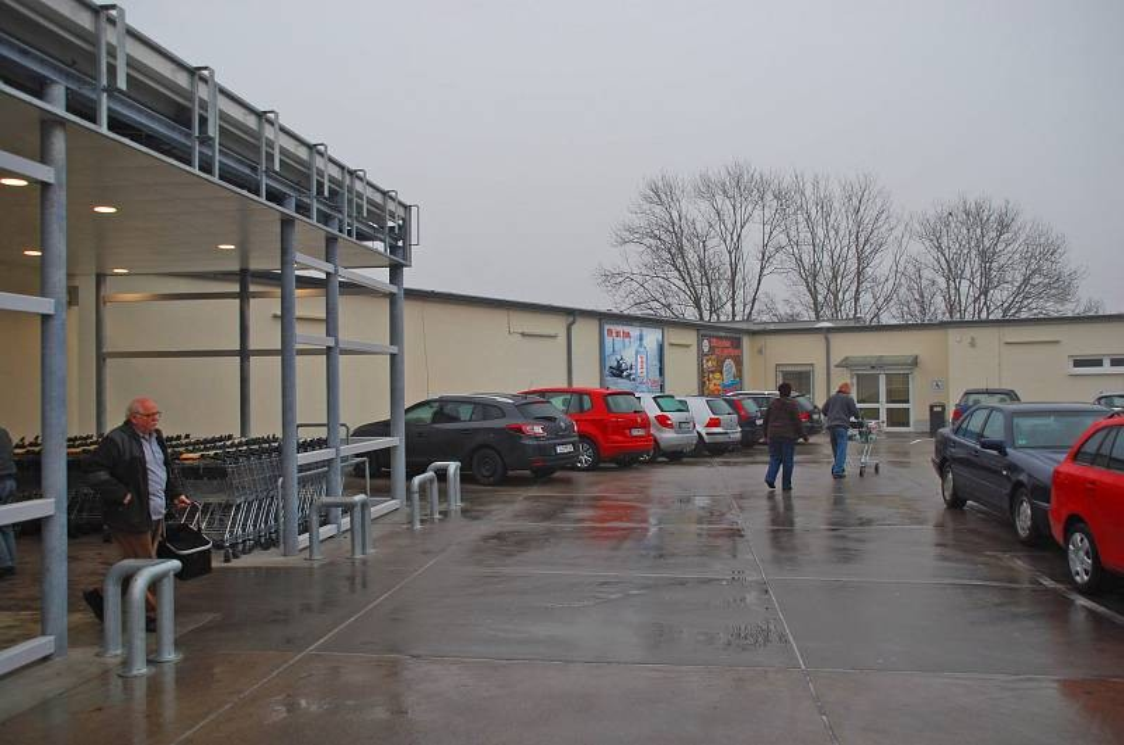 Mühltor 1 /Kaufland/Parkdeck/rts vom Eingang/lks
