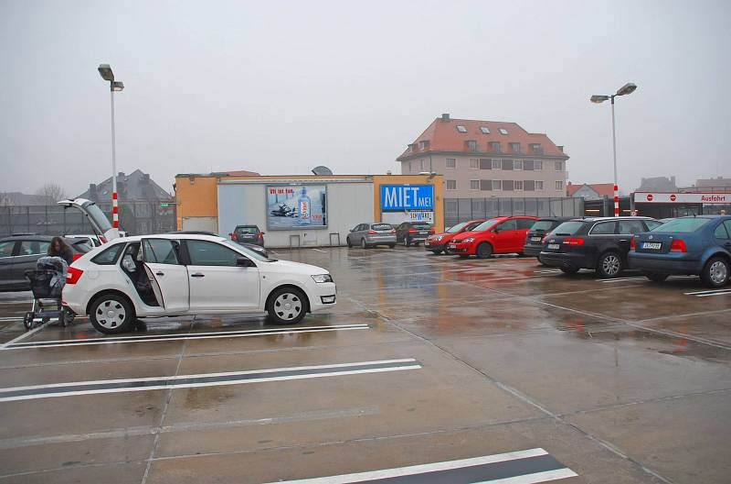 Mühltor 1/Kaufland/Parkdeck/lks von Einfahrt