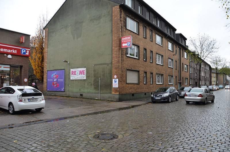 Mühlenstr. 69 /Sentürk Supermarkt/geg. Eing (quer zur Str)
