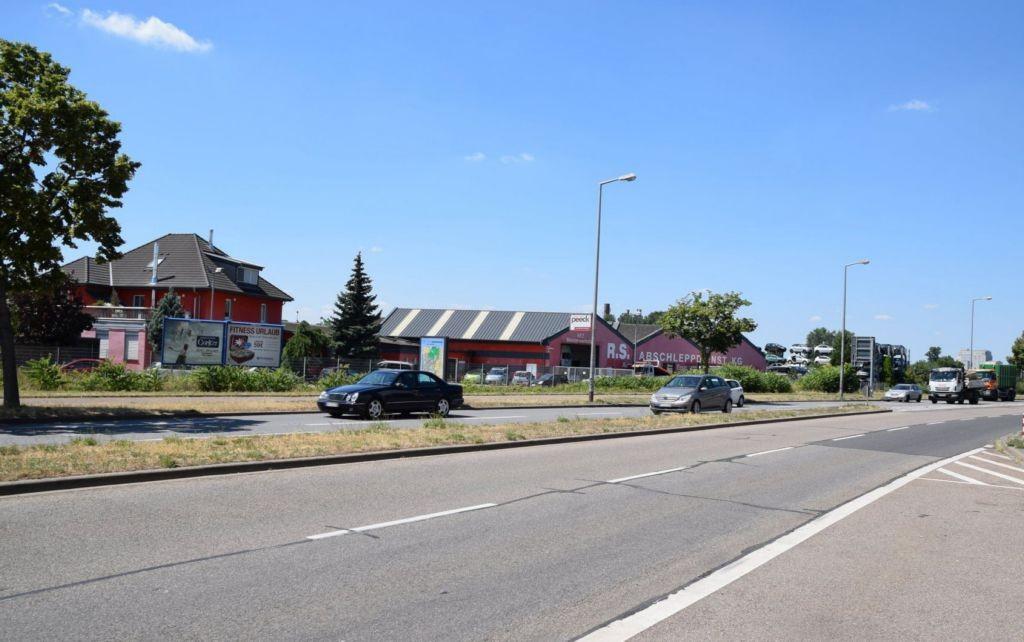 Hafenbahnstr. 30/Zum Herrenried