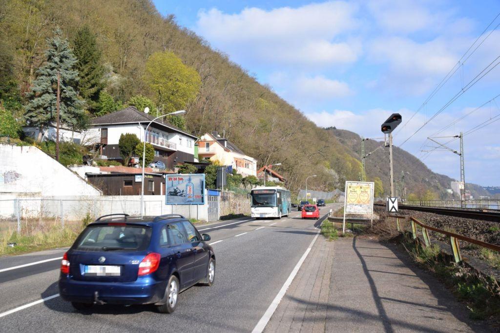 Rhenser Str. 3/quer zur B 9